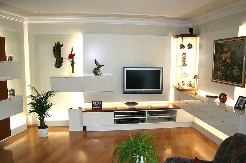 biesler elektronik. Black Bedroom Furniture Sets. Home Design Ideas